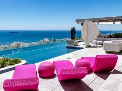 Big 5 bedroom villa in Bantry Bay - Cape Town with pool for fantastic Vacation experience