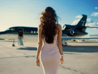 dress-aleksandr-mavrin-women-with-planes-viki-odintcova-wallpaper