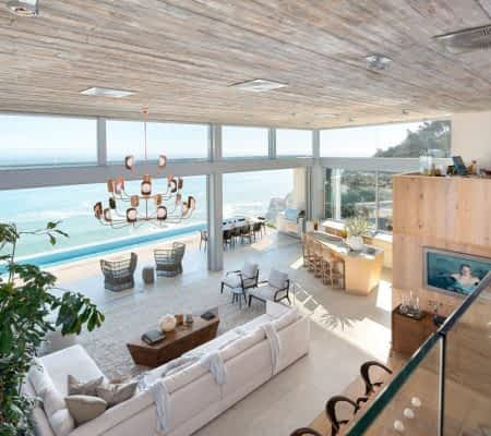 Luxury holiday residence - 5 Bedrooms - with Airport Transfer, Elevator, Garage, Housekeeping, Pool, Wifi, Saoto design, - Set high up in Clifton on the...