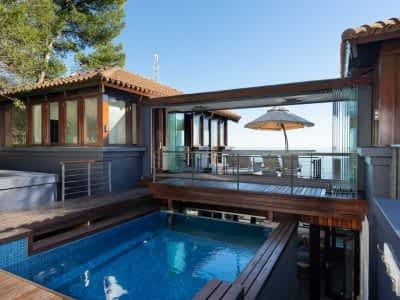 Luxury holiday residence - 4 Bedrooms - with Housekeeping, Concierge, Wifi, Office, Icemaker, Bar, elevator, Air-conditioning, heating, fireplace, Sound...